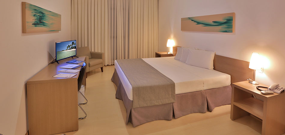Luxury Suites (King-Size bed/Single bed)